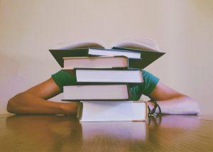 Studieren im Untergrund | aeWorldwide